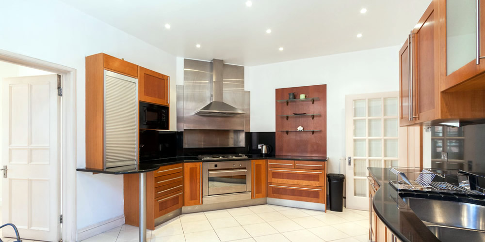 London Property Masters - Interior design and decoration - Custom kitchen furniture
